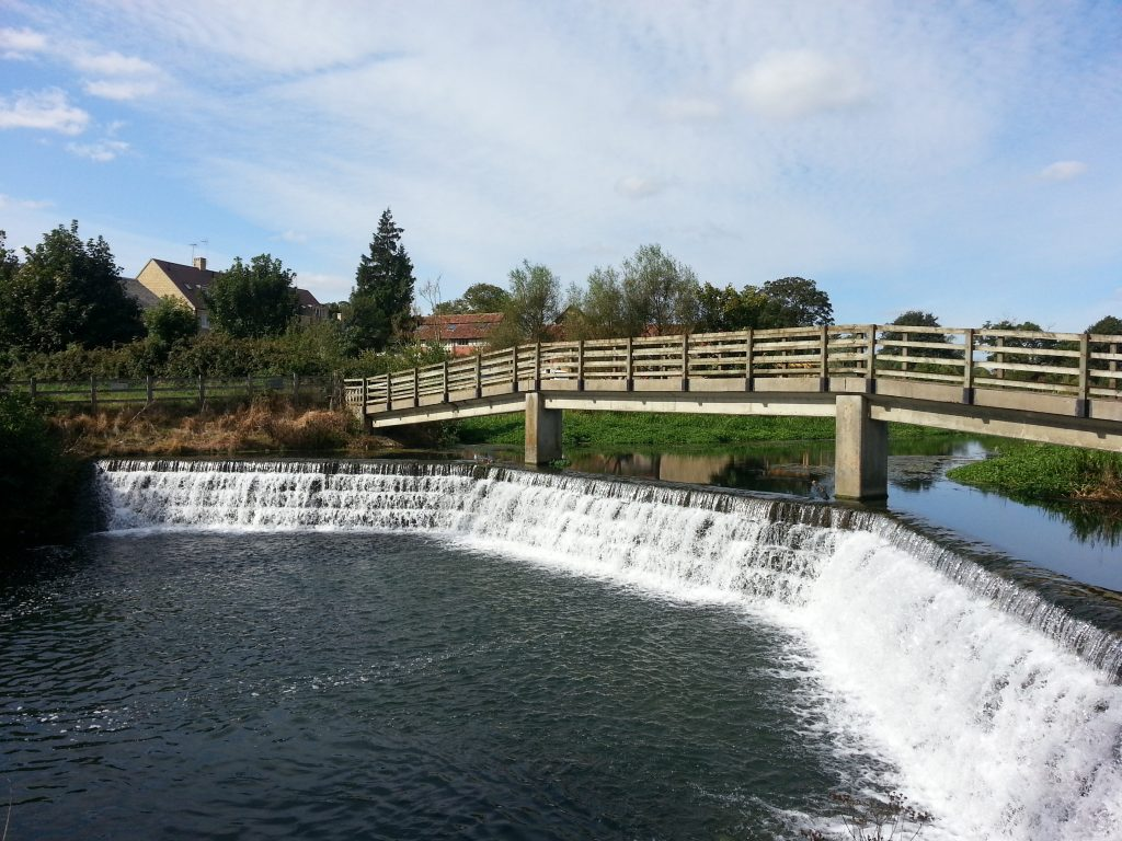 Weir bridge near Malmesbury